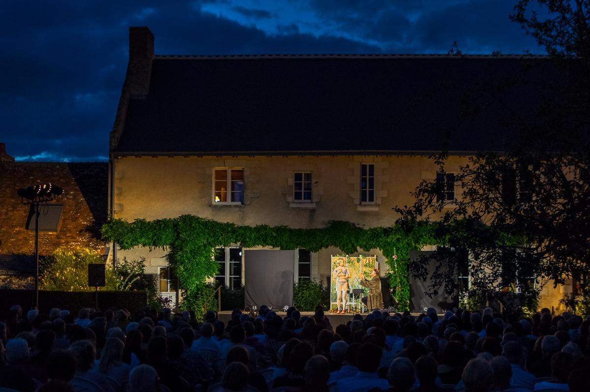 représentation du festival de théâtre en Val de Luynes